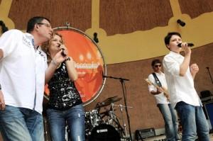 MOEN: NEW Summer Dreaming Sonntag - Remember Band