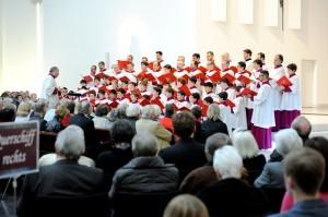 Veranstaltung des Initiativkreis Mönchengladbach. Chöre der Welt in Mönchengladbach zu Gast der Chor des Vatikans in der St. Marien Kirche Mönchengladbach Rheydt. Schirmherr Stefan Löb