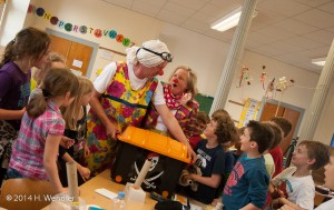 14-04-07-schule-meerkamp-clowns-0033