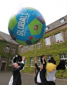 Globall an der Rathaus Abtei in Gladbach